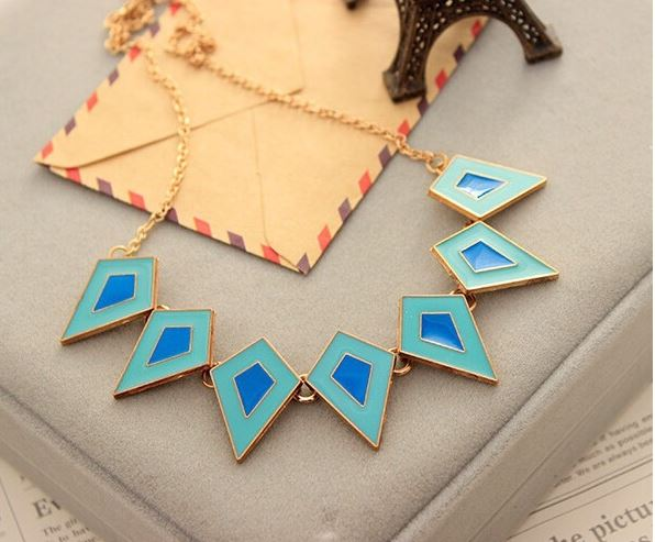 Color Geometrical Pendants