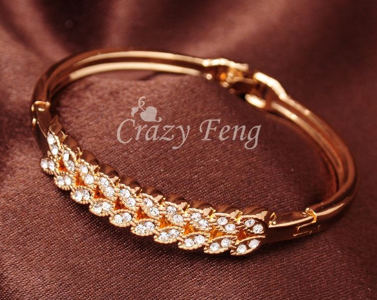 Petal Gold Bracelet