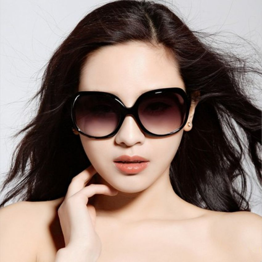Black Sunglasses for Ladies