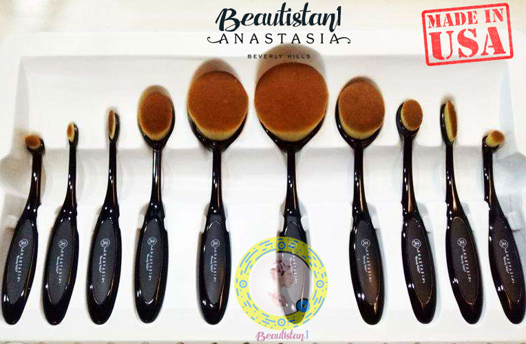Anastasia Oval Brushes Set Mermaid Blending Brush