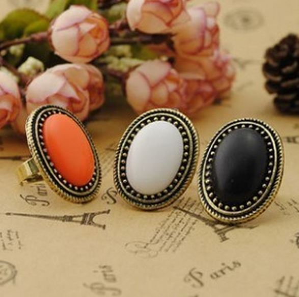Pack Of 3 Oval Gem Retro Ring